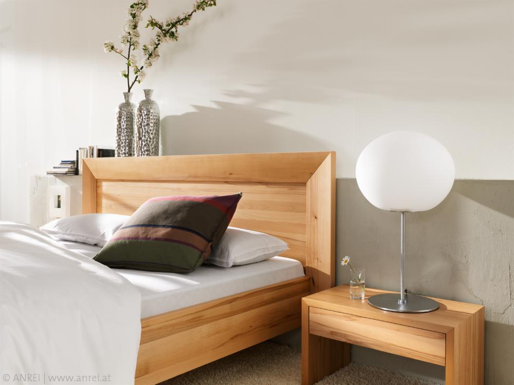 Wohnbeispiel - Schlafzimmer mit neutralen Farben